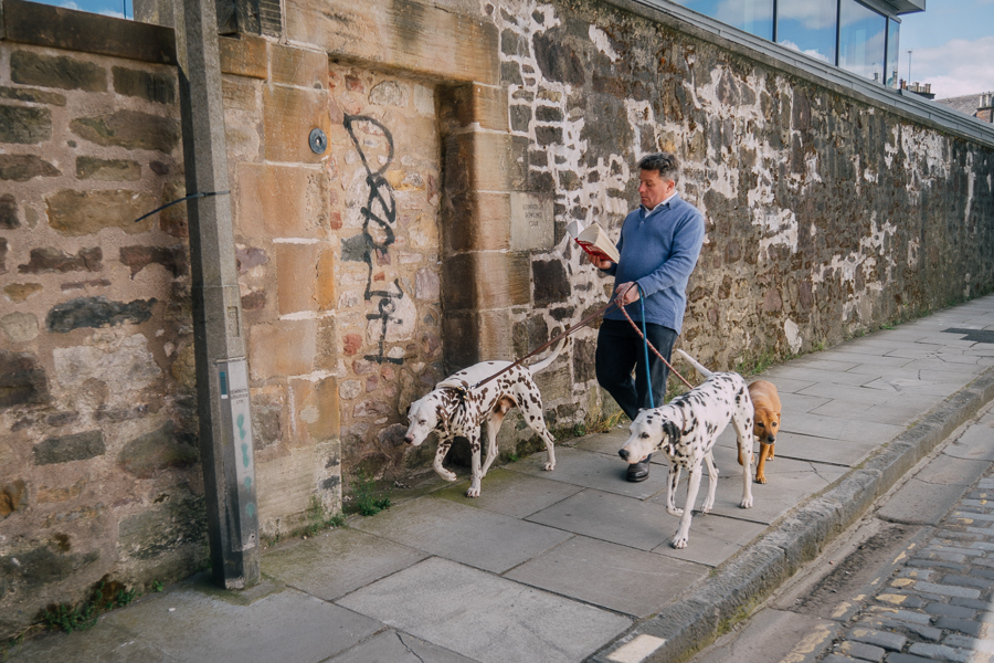 Street Photography by Ilias Antoniou, shot in Edinburgh, UK, 2015